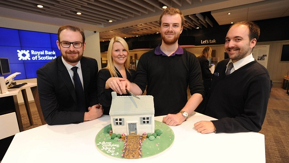 RBS Help to Buy team cutting cake
